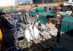 Limpieza química en Refinería YPF